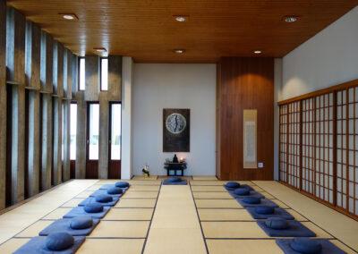 lassalle_zendo_meditation